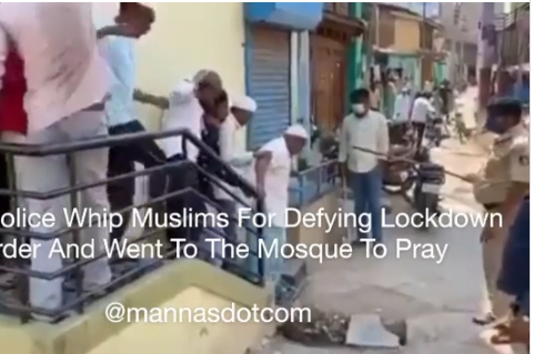Watch As Indian Police Officers Lashes Muslims For Defying Lockdown And Went To Mosque - Video 1