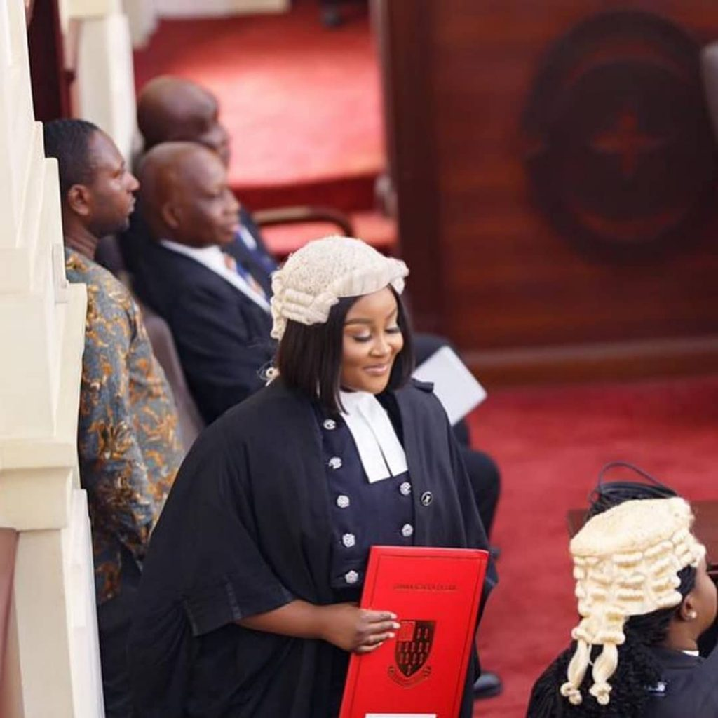 Meet Ghanaian lawyer Akua B, the most curvaceous lawyer in Ghana (photos) 2