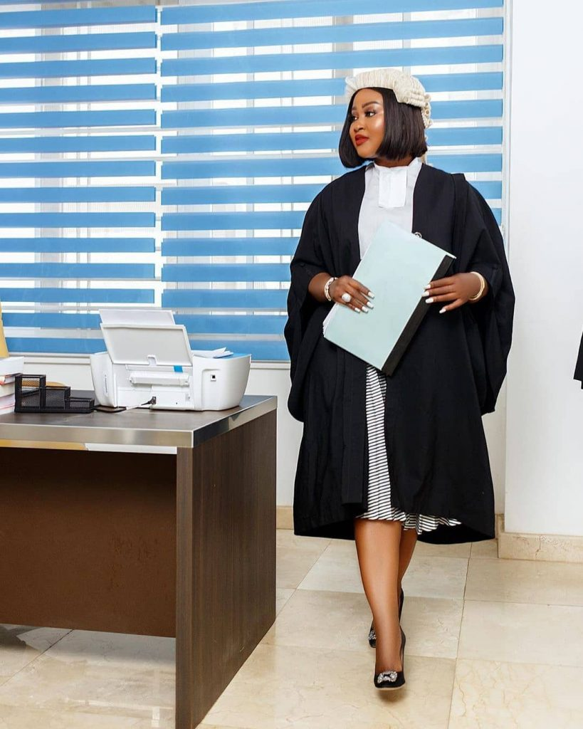 Meet Ghanaian lawyer Akua B, the most curvaceous lawyer in Ghana (photos) 6