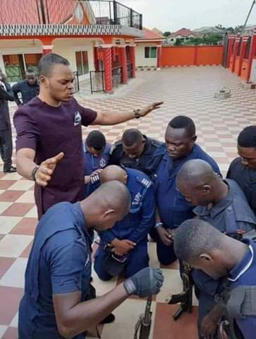 Picture of Angel Obinim praying for police officers surfaces online (photo) 3