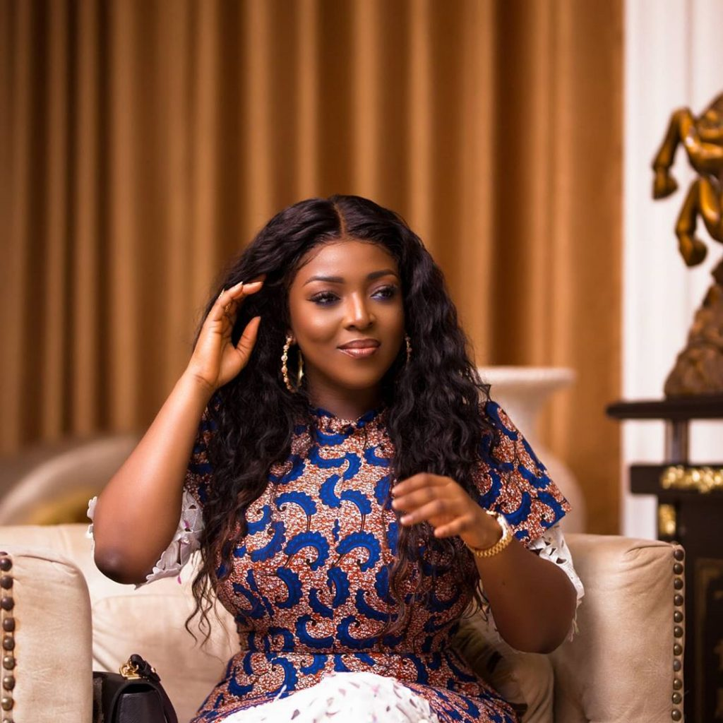 10 female celebrities who are over 30 and still not married (photos) 7