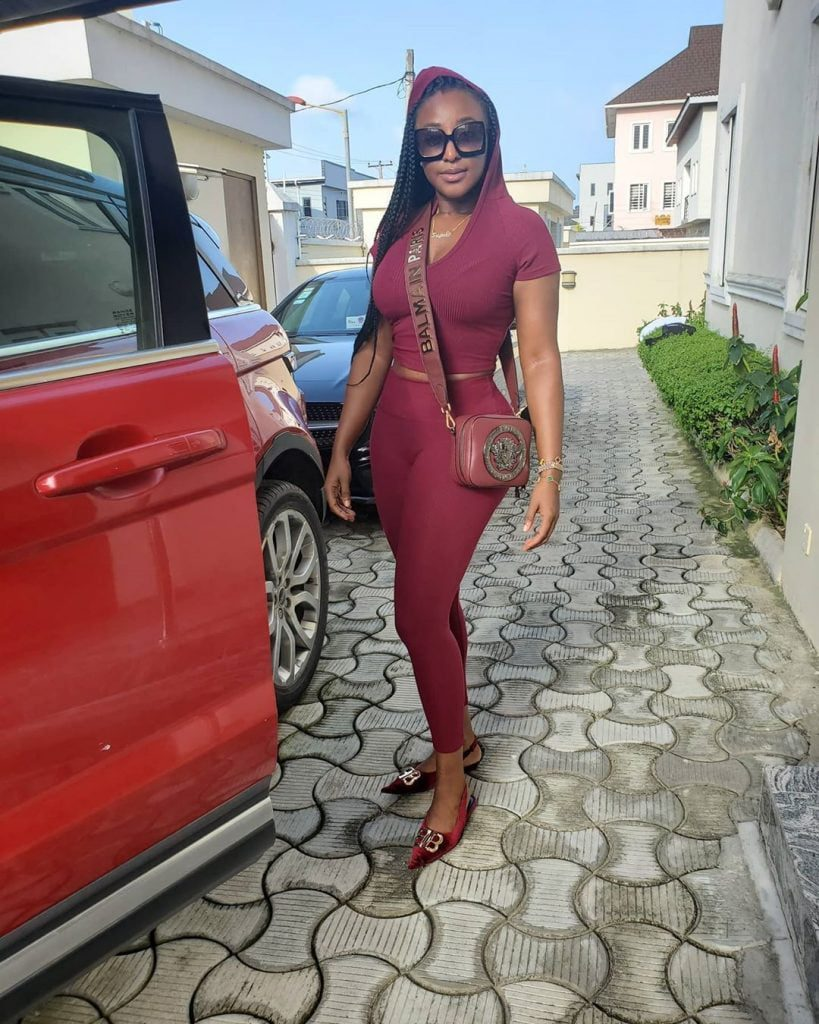 Ini Edo Steps Out For The First Time After Lifting Lockdown - Photo 5