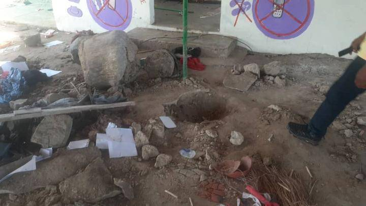Police recover 4 dead bodies buried in a powerful shrine for rituals in Adeiso Ghana. 6