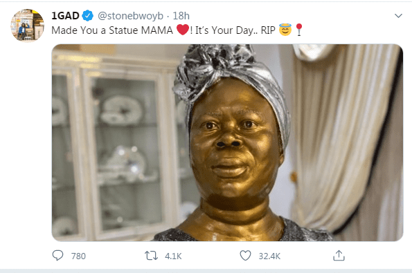 Stonebwoy unveils a golden statue of his late mother on Mothers' Day. 2