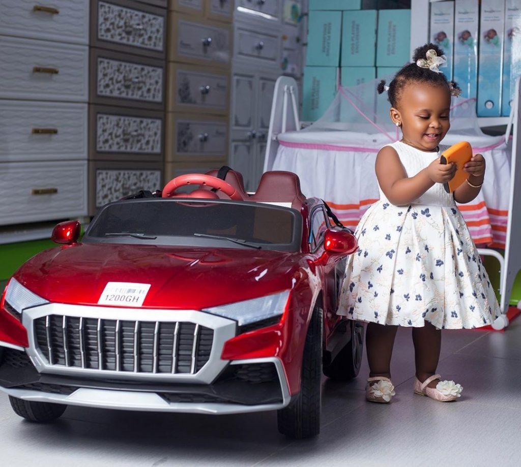 10 pictures of Baby Maxin that shows she is growing up fast and pretty (photos) 9