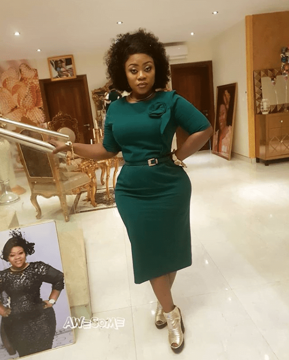 Obofour's wife gives us a taste of class in these photos 6