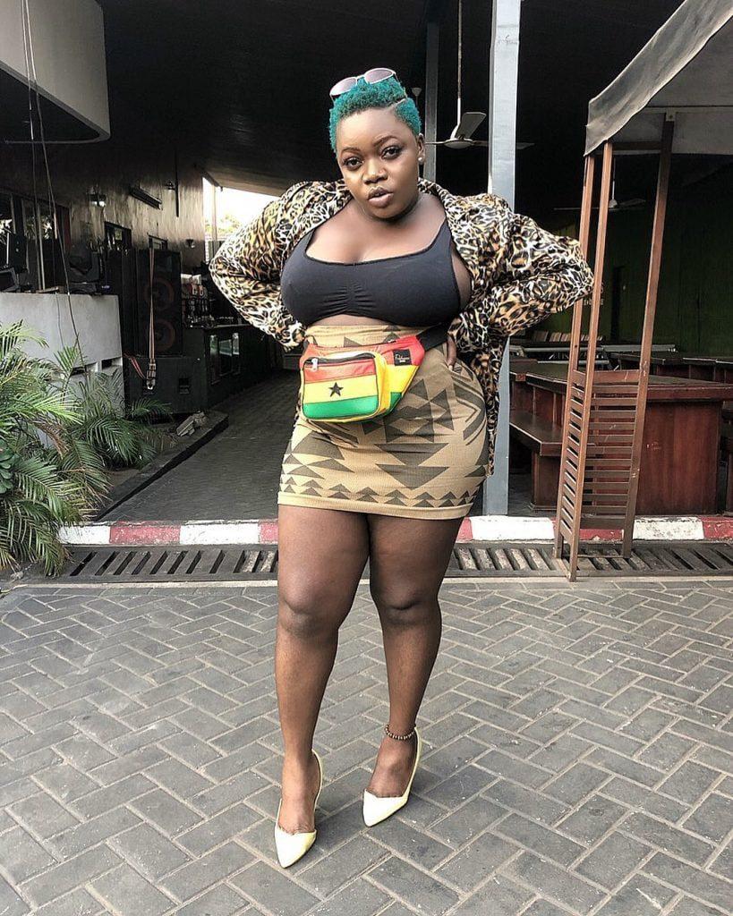 Just In: Ghanaian songstress Queen Haizel reported dead. 4
