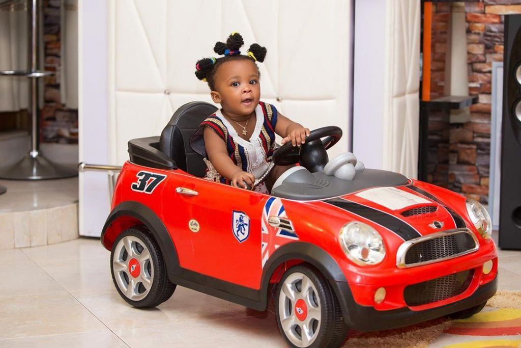 10 pictures of Baby Maxin that shows she is growing up fast and pretty (photos) 4