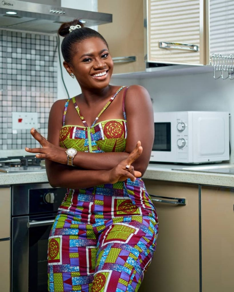 20 pictures of Martha Ankomah that shows decent dressing can also make you look pretty (photos) 12