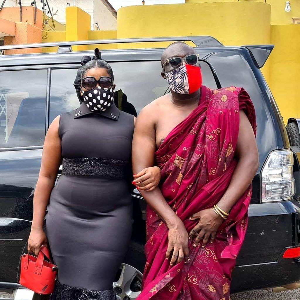 Dada Boat and Gloria sarfo spotted together at Bishop Bernard Nyarko's funeral (photo) 2
