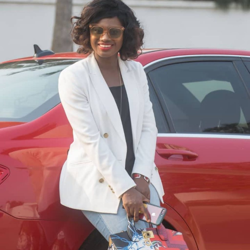 20 pictures of Martha Ankomah that shows decent dressing can also make you look pretty (photos) 3