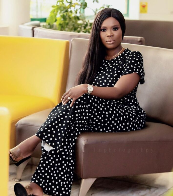 Delay flaunts her engagement ring; Gets fans talking (photos) 3