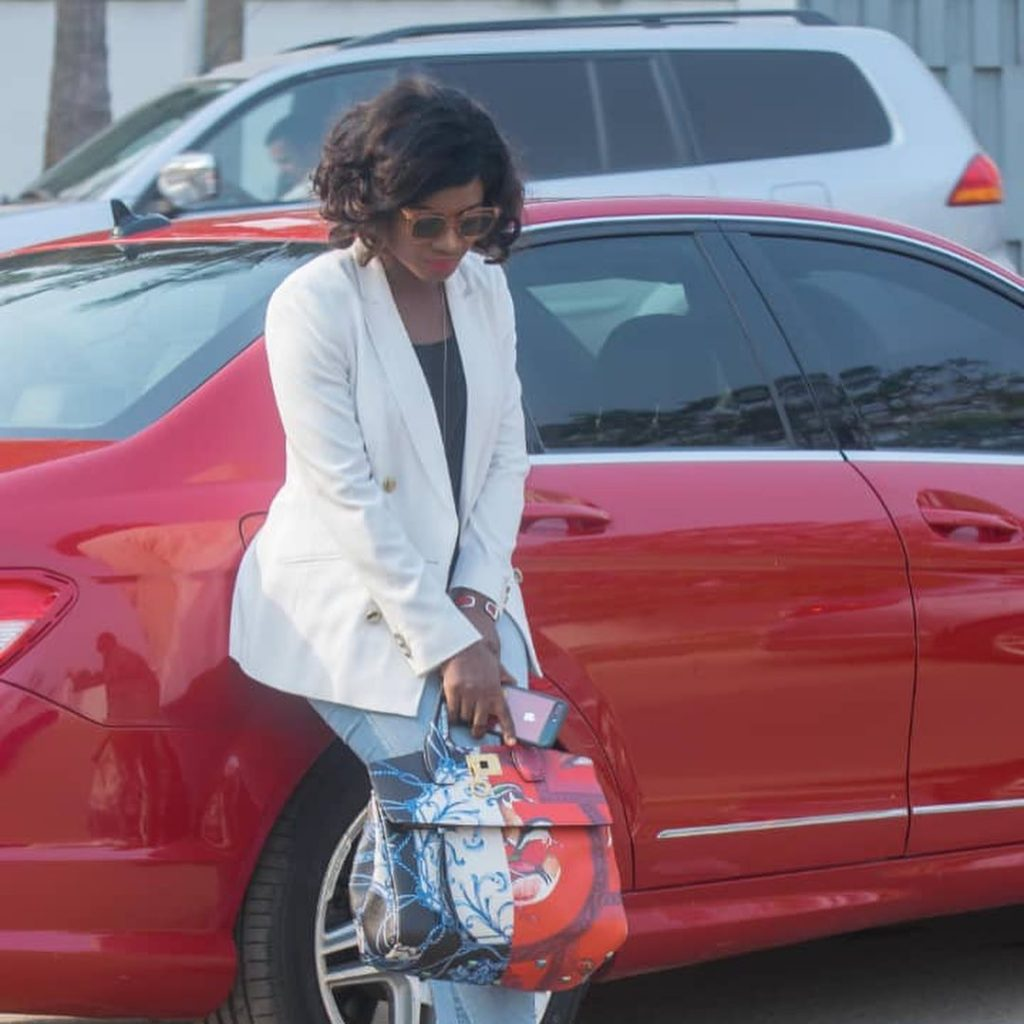 20 pictures of Martha Ankomah that shows decent dressing can also make you look pretty (photos) 4