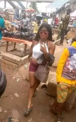 See the Lady Who Went to the Market Half Naked Just to Buy a Phone Charger 2