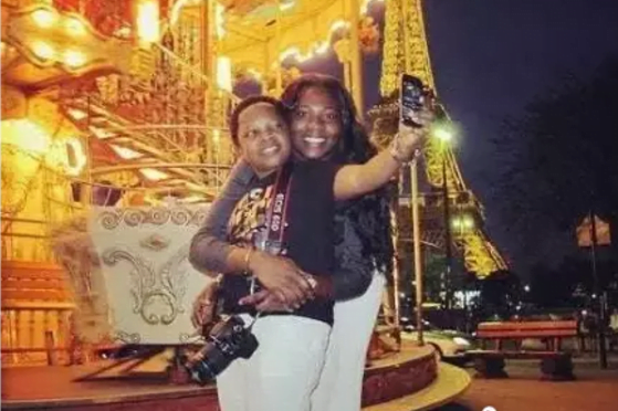 Check Out The Photos of Aki and Pawpaw With Their Wives and Children 4