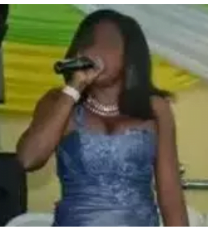 See The Cloth Of A Lady Choir That Made People Insult Her based on her clothes 3