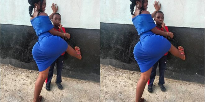 """""""This is child abuse"""" - see photos of lady that got people talking 1"""