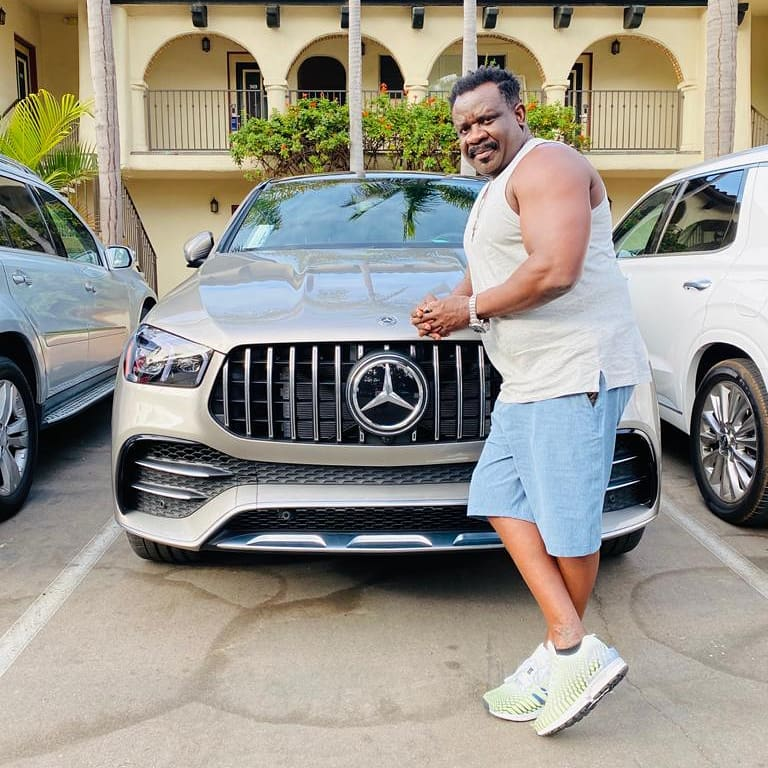 Koo Fori flaunts New Manson and luxery Cars In America 2
