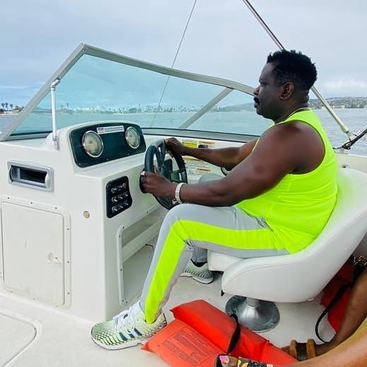 Koo Fori flaunts New Manson and luxery Cars In America 6