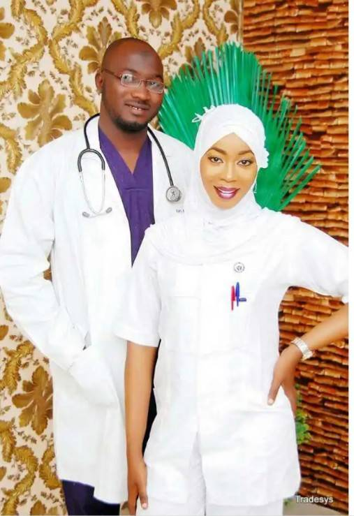 Check Out These 10 Classy Pre-wedding Photos Of Medical Doctors 8
