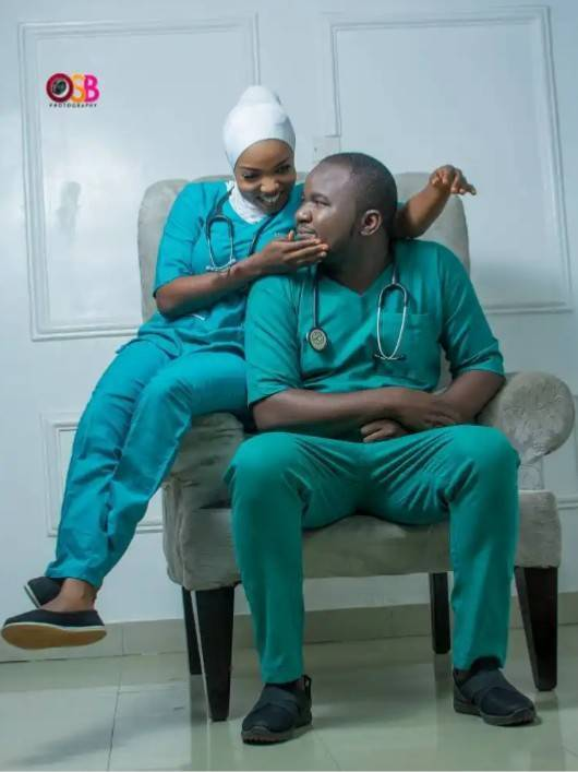 Check Out These 10 Classy Pre-wedding Photos Of Medical Doctors 10