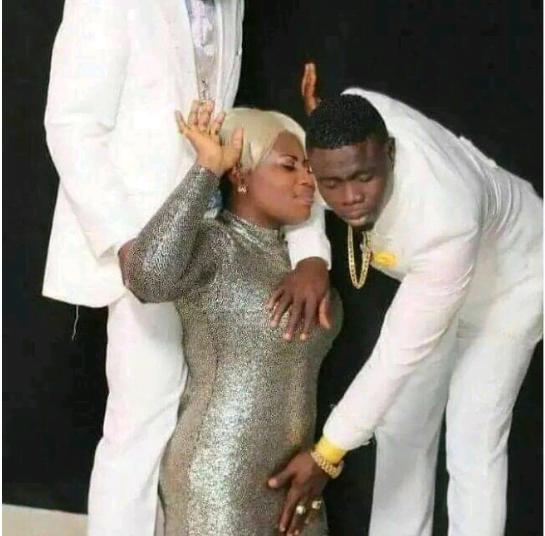 Pastor Blinks