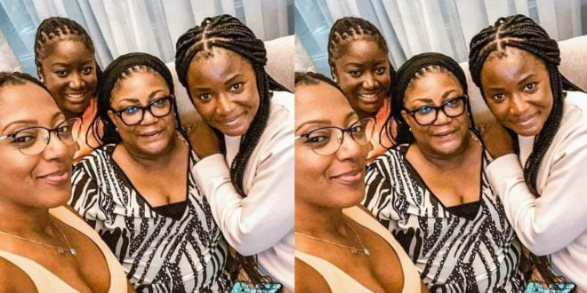 Rebecca Akufo-Addo Poses With Her beautiful Daughters In new Photo 1