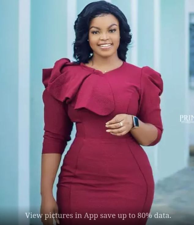 Check out these 10 stunning Photos Of TV3's Ayisha Yakubu Showing Her Curves 9