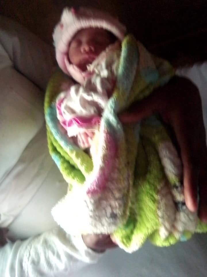 22-year-old mother sells her day old baby to a pastor for jus GHC150 - Photos