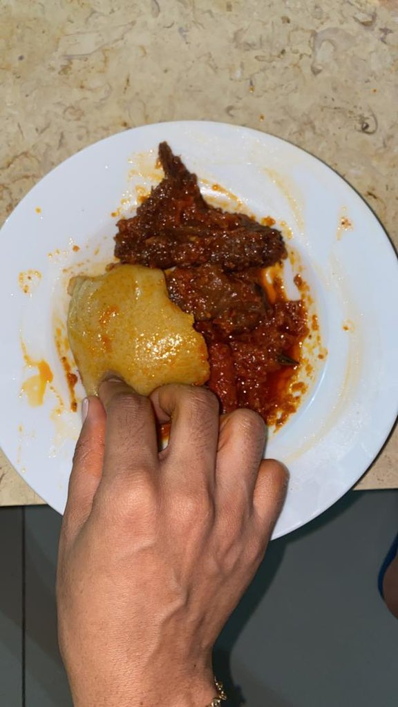 Actress Nikki Samonas Eats Fufu With Chicken Stew in a new photo