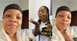 Gospel artist Celestine Donkor hailed for showing her raw face without makeups online (video) 19