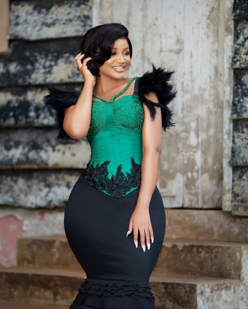 Beautiful sister of Serwaa Amihere causes stir online with these amazing photos. 3