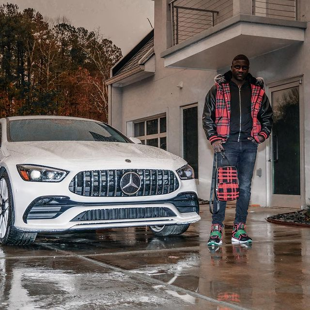 here are the top 20 Richest Musicians In Africa 2021 And Their Net Worth - photos