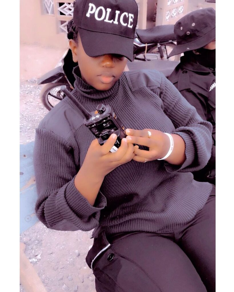 pictures of Beautiful Ghanaian Nurses, Police, and Military women. 15