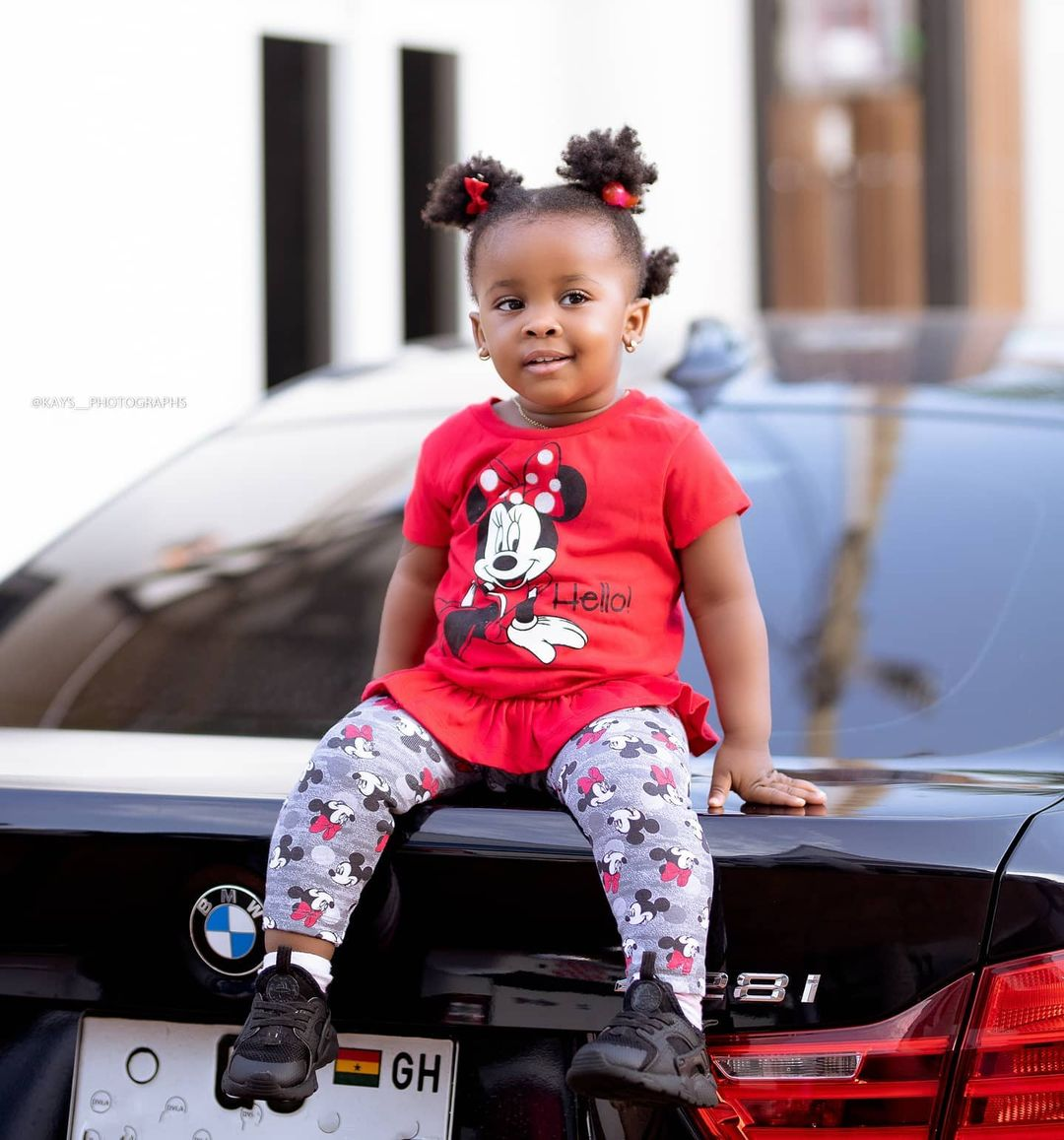 Baby Maxin wears wig for the first time - see her looks in this video 2