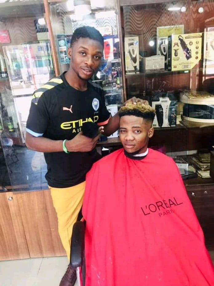 Barber arrested for giving secular haircuts to customers that 'insults' Islam - Photos
