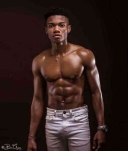 Kidi tells why his Pen!s stands stiff when he is close to women - Video 5