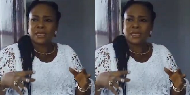 """L!cking the Vjay of a woman can delay your blessings and success""- prophetess advises men (video) 1"