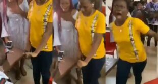 Shock!ng Video- Young Lady goes mad after Boyfriend proposed marriage to her 22