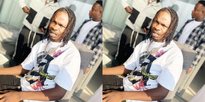 Here is The Moment Naira Marley Took Out All The Money From The ATM And Sprayed It On Fans - Video 1