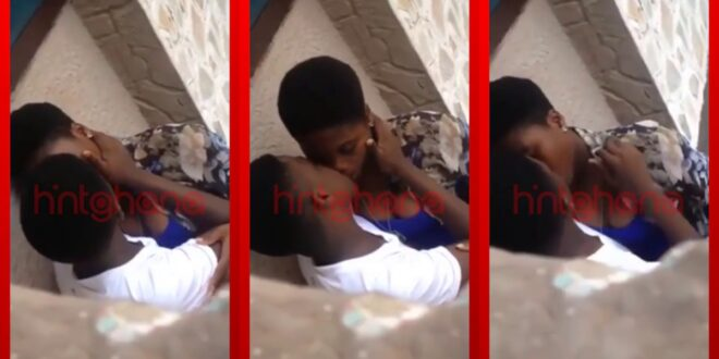 "Two Teenagers caught on camera doing ""Mama ne Dada"" (video) 1"