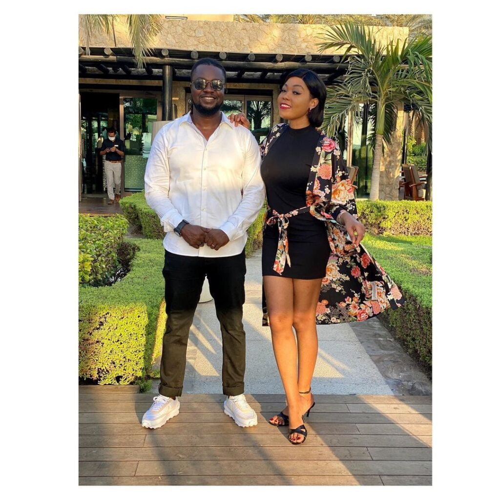 Nana Ama McBrown gives words of support to Eddie Nartey following his wife's death. 2