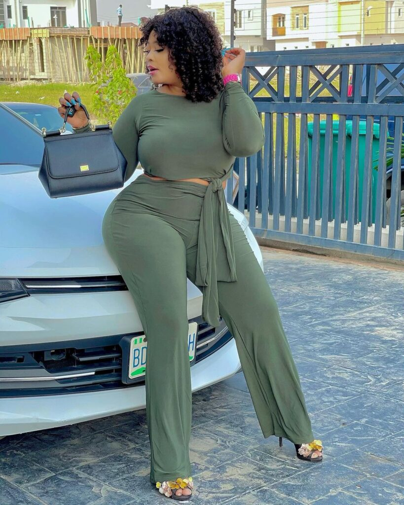 Photos of Omobutty The Nigerian Actress with heavy curves. 4