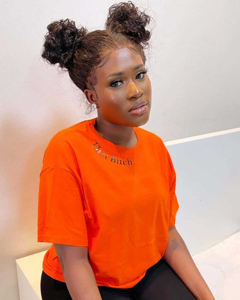 Fella Makafui accused of cheating on Medikal with her manager. 2