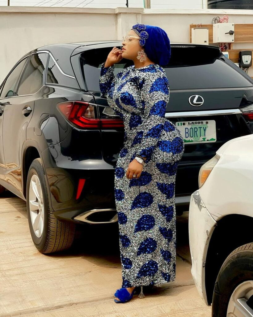 Photos of Omobutty The Nigerian Actress with heavy curves. 6