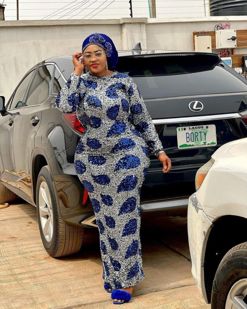 Photos of Omobutty The Nigerian Actress with heavy curves. 7