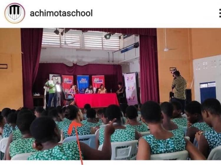 Netizens blast Achimota After they were exposed of admitting white students with long hair. 5