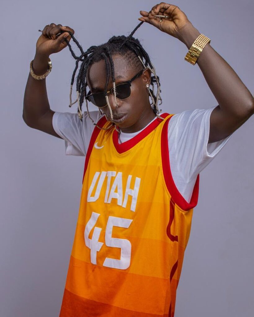 How can you allow ugly Patapaa brake your heart while am here - King Summer ask Queen Peezy (Video)
