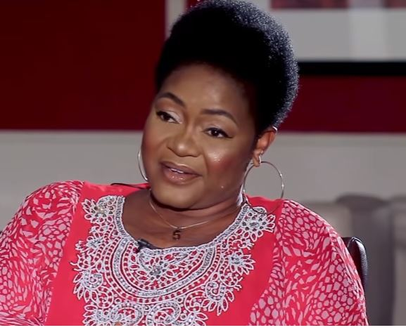 """""""I was almost sacked from the C()vid vaccination center until the nurses realized I was a celebrity""""- Christiana Awuni 2"""