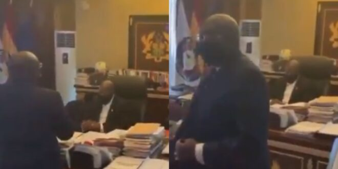 After the Supreme Court declared the election petition result, Veep Bawumia bows down in front of Nana Addo. 1